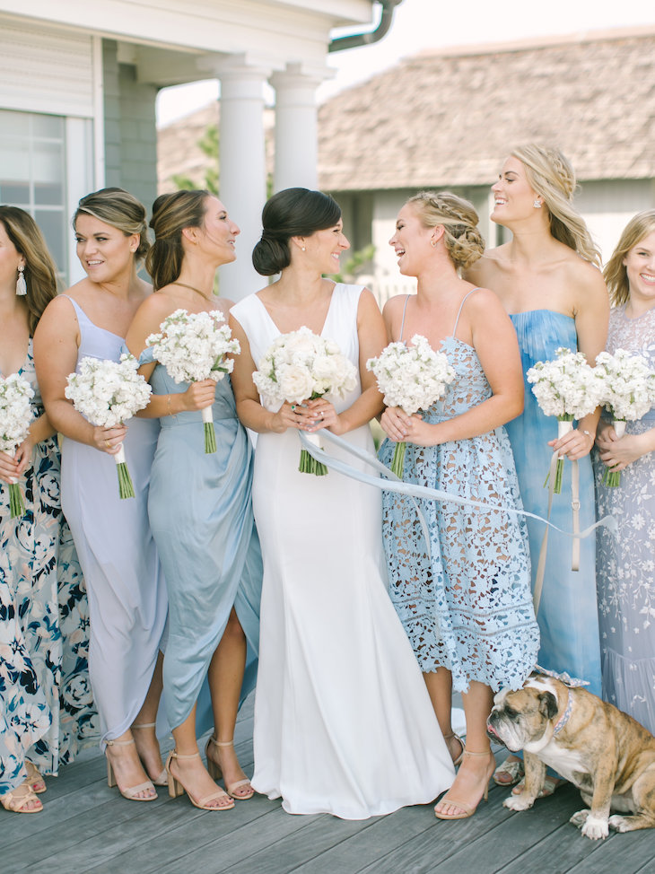 Bridesmaid Wedding Gift Guide Bridemaids Gifts Wedding Gifts